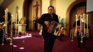 Un Ejemplo Perfecto - Albert Zamora (Video)