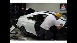 Процесс оклейки BMW белой матовой пленкой 3М Scotchprint™