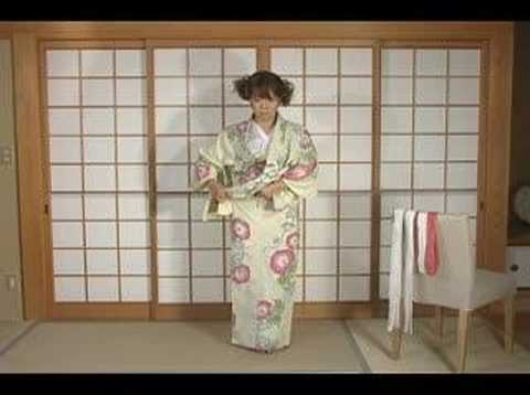 How To Dress Yukata & Kimono Part1 by ICHIROYA.COM