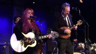"""Wynonna and The Big Noise: """"Grandpa (Tell Me 'Bout the Good Old Days """""""