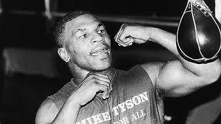 Тайсон учит бить свой коронный удар! Совет на тренировке/ Tyson teaching boxing.