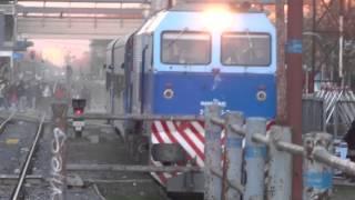 preview picture of video '319.325 saliendo de Moreno (18-07-2014)'