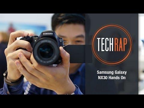 Samsung NX30 Smart Camera hands-on