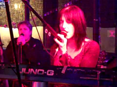 Holiday Road Band live Gold Dust Woman 12-18-09.MP4