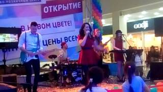 Cover группа panna cotta в ТЦ РИО Ярославль