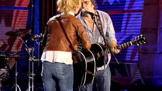 Steve Earle & Allison Moorer - Where Have All The Flowers Gone (Live at Farm Aid 2006)