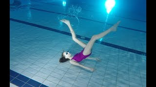 Dancing Underwater and practicing breath hold - Video Youtube