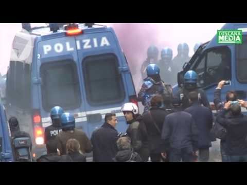 SCONTRI MANIFESTAZIONE FIRENZE DICE NO - video