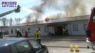 preview picture of video '23.04.2010 - Bammental - 150 Feuerwehrleute bei Brand im Einsatz'