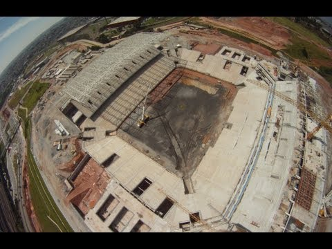 Vôo sob a Arena do Corinthians em 24/02/2013
