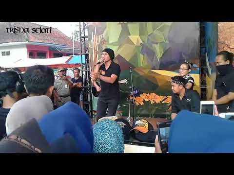 Anji - Bidadari Tak Bersayap (akustik, sesi sore SBCK - Matenggeng, Dayeuhluhur)