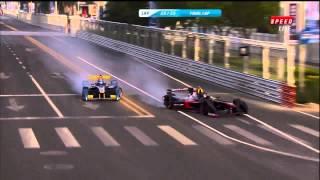 Смотреть онлайн Протаранил соперника на гонках и оставил его инвалидом