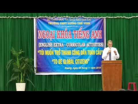 Ngoại khóa Tiếng anh tại trường THPT Lương Thế Vinh với thầy giáo Người Úc
