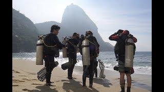 VÍDEO: Clean Up Day na Praia Vermelha