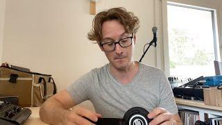 Stick DJ Headphone Review - Reloop RHP-10 Mono   Mode Zero