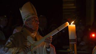 Liturgia Wigilii Paschalnej z Bazyliki św. Piotra w Watykanie