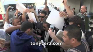 Al Pacino's girlfriend Lucila Sola going off on the fans at LAX