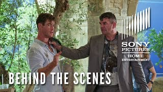 Men in Black: International -  Behind the Scenes Clip -  Chris Hemsworth's Physical Comedy