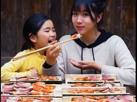 《全村第一吃貨》挑戰50根竹筒飯