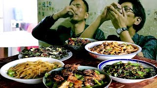 Family gathering, 80 yuan per family, chicken, duck and fish, do you think it is expensive?