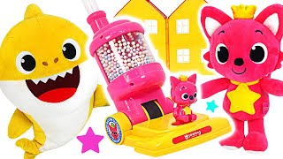 PinkFong and Baby Shark! Let's clean dirty kitchen with PinkFong vacuum cleaner! | PinkyPopTOY