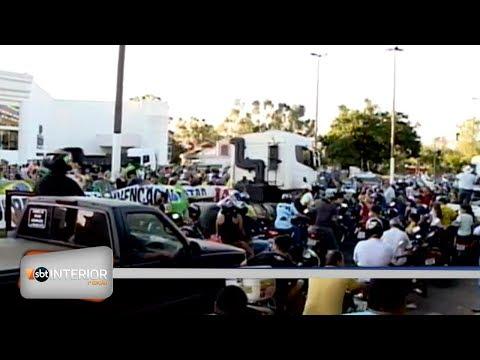 Carreata de apoio a caminhoneiros em Araçatuba ganha tom político