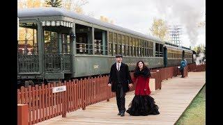 Calgary Wedding Photographer: Vintage 1950's Theme at Heritage Park