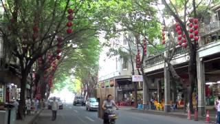 Video : China : GuangZhou 广州, GuangDong province, with a little break-dancing