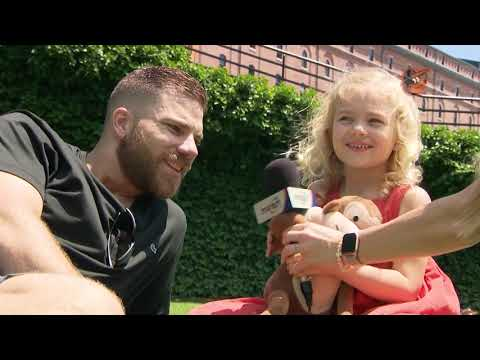 Chris Davis' daughter interviews him on Father's Day