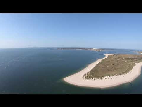 skyhunter-over-the-summer-sea-dkde-flight