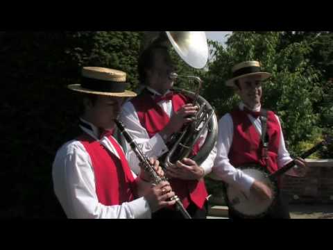 Street Three - New Orleans & Dixie Jazz Video