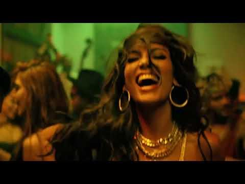 Luis Fonsi - Despacito ft. Daddy Yankee Screenshot 4