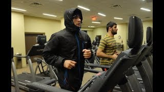 Эпизод 6. Сгонка веса Хабиба  и общение с прессой