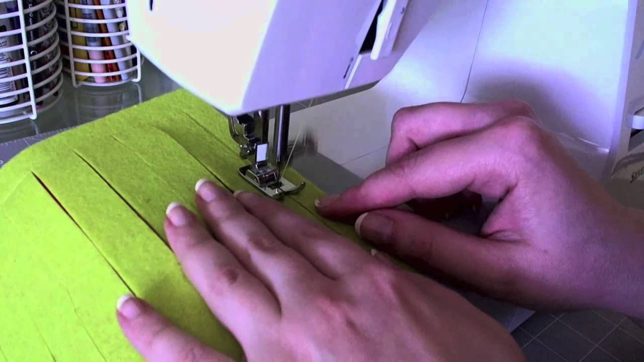 DIY: Como hacer un cojín decorado bicolor con diseño original
