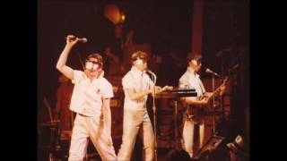 DEVO - live in Dallas, TX, USA 1979-08-04