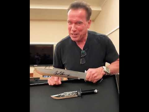 Arnold Schwarzenegger gratuluje Sylvesterovi Stallonemu k novému dílu Ramba