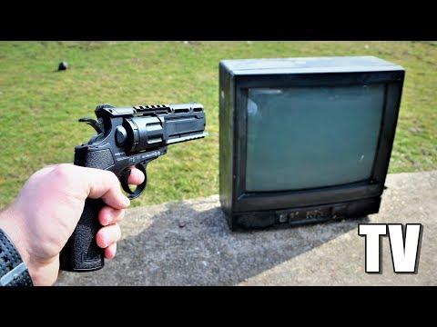 Pucamo PISTOLJEM u TELEVIZOR