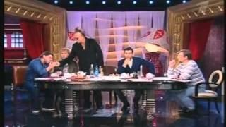 Mickey Rourke drink on Russian TV 2/2 [Subtitles]
