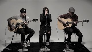 "Hot Sessions: Sleeping With Sirens ""The Strays"""
