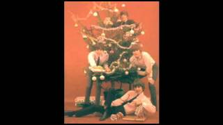Beatles Christmas 1968 - Happy Christmas