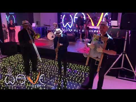 Trio de jazz Musical Wave recepcionando os convidados