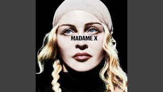 Kadr z teledysku Looking For Mercy tekst piosenki Madonna
