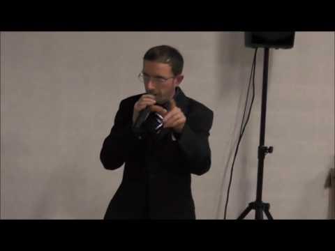 Valerio Zanchè canta al Frantoio