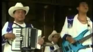 "Video thumbnail of ""corrido del cocalero   uriel henao"""