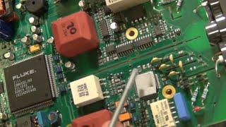 TSP #18   Teardown And Repair Of A Fluke 196B Handheld ScopeMeter