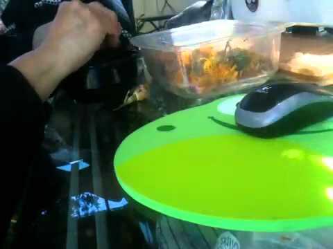 Balatan ng granada laban sa mga worm