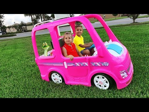 Diana and her Barbie car – Camping adventure