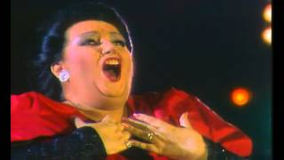 Freddie Mercury & Montserrat Caballé - How Can I Go On  (HD)