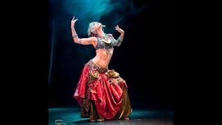 """Агапия Савицкая на фестивале """"Шемахинская Баядерка"""", танец в стиле Indian Tribal Fusion."""