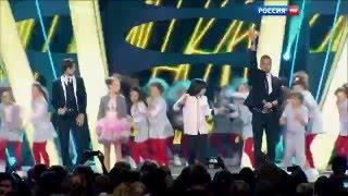 Маяковский, Агате Албекейте и Мухаммедали Жугунусов - Нравится (Рождественская песенка года 2016)